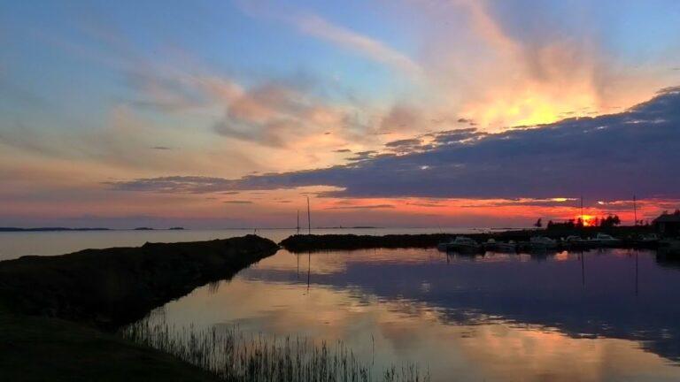 Auringonlasku Grisselören satamassa 8.6.2021